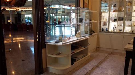 montaggio arredamenti negozi montaggio e trasporto arredamenti per uffici roma
