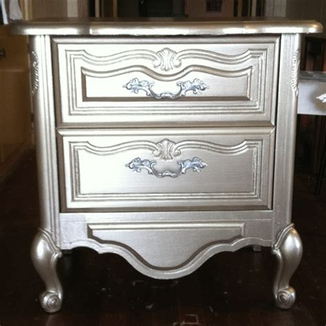 Refinished Bedroom Furniture 1000 Ideas About Refinished Bedroom Furniture On Pinterest Headboard Makeover Chevron Mirror