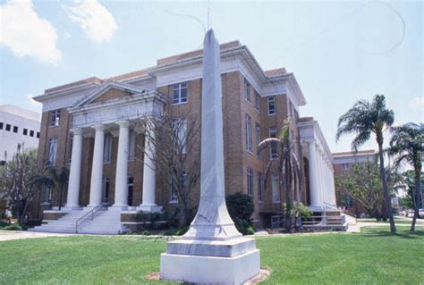 Manatee County Fl Court Records Florida Memory Monument To Confederate Soldiers In Front