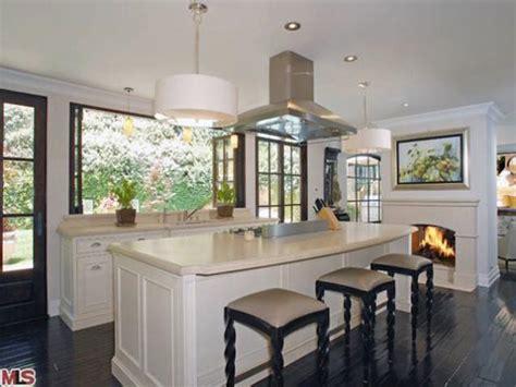 kim kardashian new home decor kim kardashian sells beverly hills home ny daily news