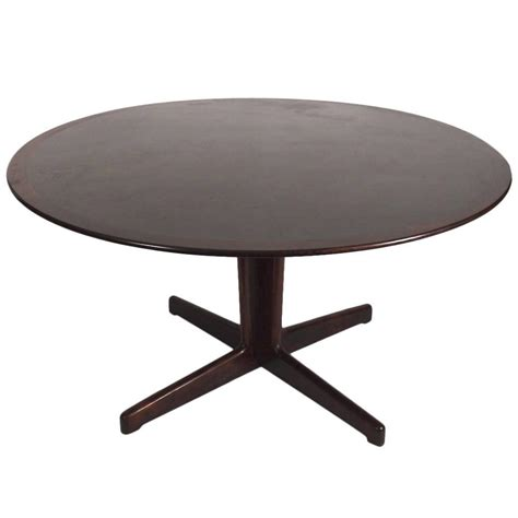 Laminate Dining Tables Rosewood And Black Laminate Pedestal Dining Table