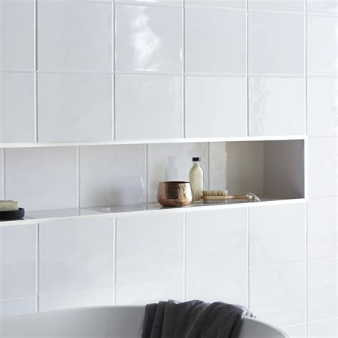 White Bathroom Wall Tiles by Holborn White Ceramic Wall Tile Pack Of 20 L 250mm W
