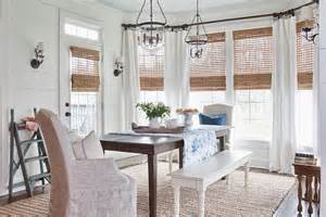 Farmhouse Dining Room by 30 Unassumingly Chic Farmhouse Style Dining Room Ideas