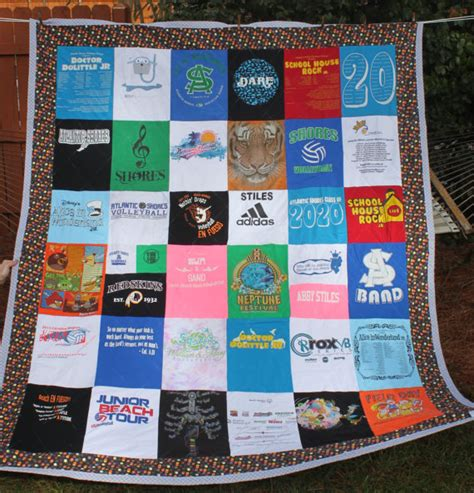 T Shirt Patchwork Quilt - t shirt quilt size deposit only custom memory tshirt