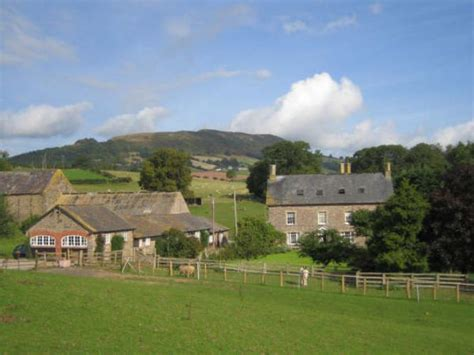abergavenny cottages werngochlyn brecon beacons