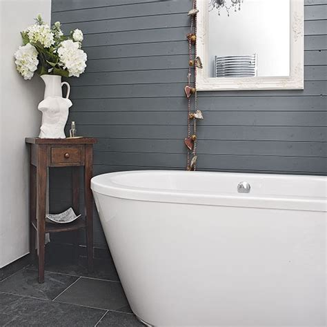 painted bathrooms ideas feature wall with grey wood panelling feature walls 10