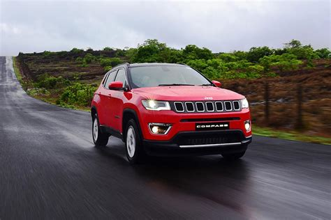 jeep cars red jeep compass launched in india at inr 14 95 lakh autobics