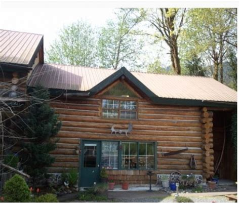 Log Cabin Bed And Breakfast by Log Cabin Bed And Breakfast