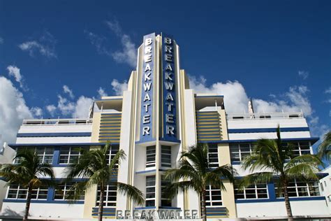 photo of the week the breakwater deco hotel south