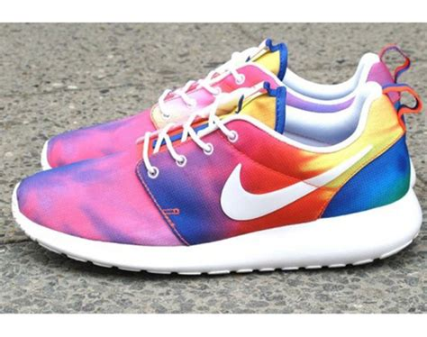 does the color run stain shoes roshe run colors