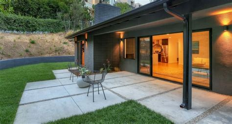 Stylish Modern Ranch In The Hollywood Hills Exuding A | stylish modern ranch in the hollywood hills exuding a