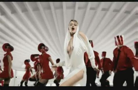 my can t can t get you out of my minogue image 26482678 fanpop