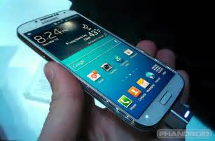 Galaxy s4 a phone you should buy instead of an htc one or an iphone 5