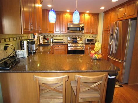 Kitchen Bar Table Ideas Pendant Kitchen L Kitchen Bar Table Stools And Granite Countertops With Oak
