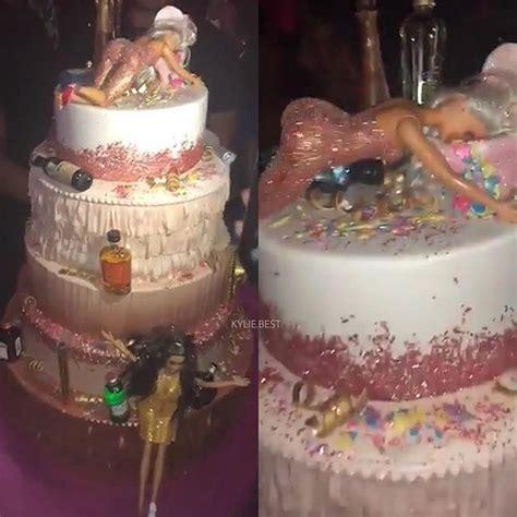 cake kylie  kylie jenner   cumpleanos fiesta cumpleanos decoracion fiesta