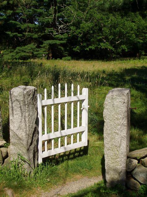 Patio Gates File Garden Gate Jpg Wikipedia