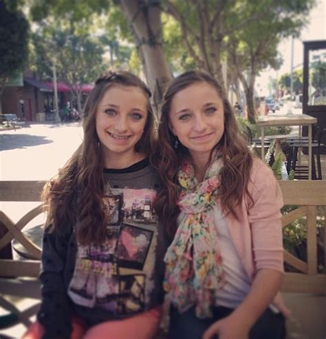 cute hairstyles brooklyn and bailey 99 best images about best friends on pinterest