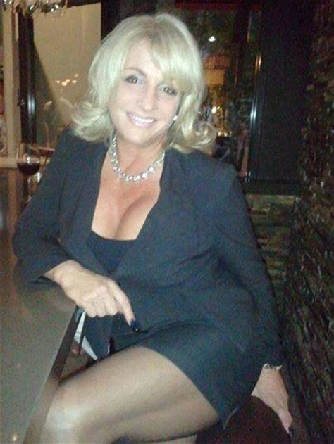 10 For Dating In Your Forties by Single 40 Women Over 40