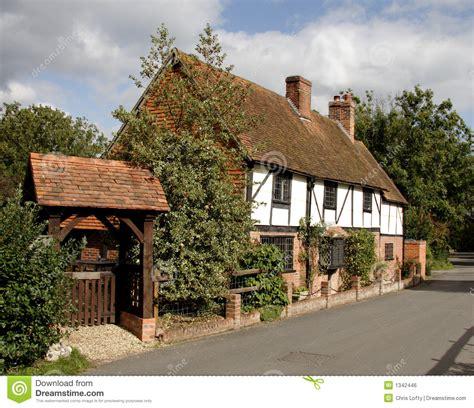 cottage inglese cottage inglese villaggio fotografia stock immagine