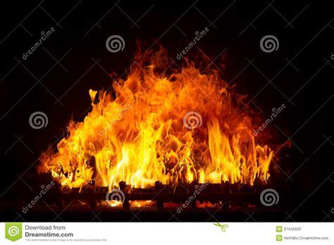 fuoco camino fuoco nel camino immagine stock immagine di rosso