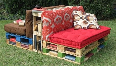 16 pallet daybed hot and new trend pallet furniture diy 16 pallet daybed hot and new trend pallet furniture diy