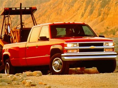 blue book used cars values 1996 chevrolet 3500 interior lighting 1997 chevrolet 3500 crew cab pricing ratings reviews kelley blue book