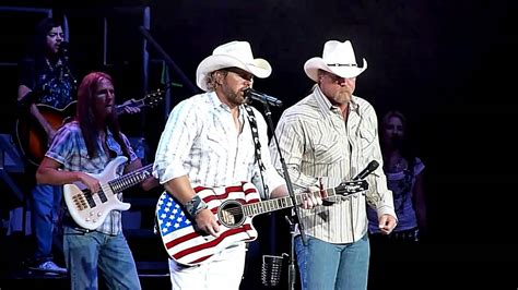 toby keith youtube red white and blue toby keith trace adkins courtesy of the red white
