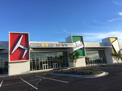 rooms to go dunn nc rooms to go opens the largest furniture complex in the southeast