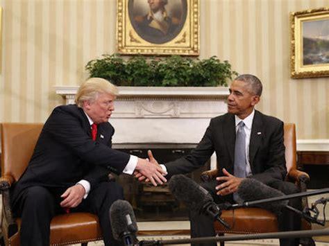 obama s oval office vs trumps presidential parallel president obama and president elect