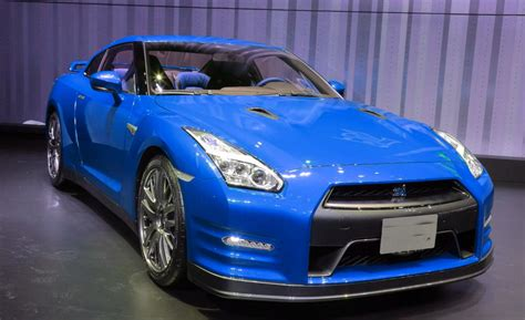nissan skyline 2015 blue 2015 nissan gt r photos reviews news specs buy car
