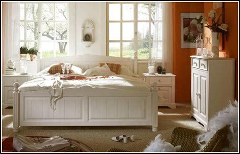komplett schlafzimmer landhaus schlafzimmer komplett wei 223 landhaus schlafzimmer house