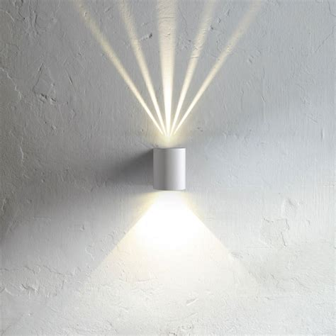 led wandbeleuchtung innen baleno led wandleuchte f 252 r aussen und innen weiss 11167