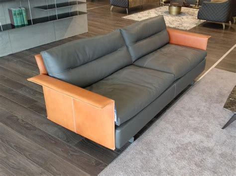 poltrona frau prezzi divano in pelle poltrona frau a prezzo scontato
