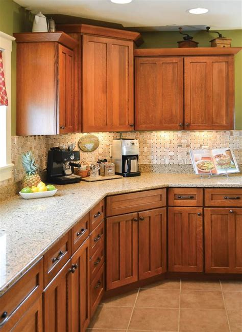 Countertops For Oak Cabinets by 20 Best Images About Kitchen On Cabinets
