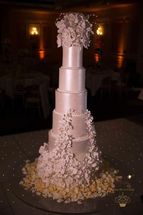 Wedding Cake Makers by Decadent Sugar Flower Bespoke Wedding Cake Marriot