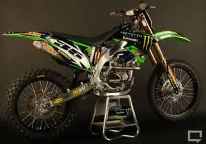 Voici la magnifique motocross kx450f que monte paul carpenter qui est