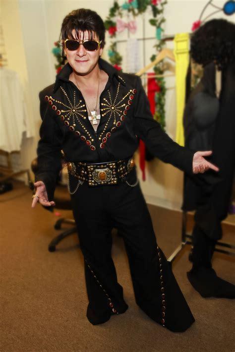 Elvis Las Vegas Costume   www.thelittlevegaschapel.com