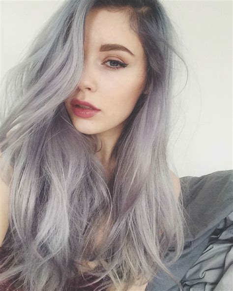 Trendy Gray Hair Styles | granny hair trend young women are dyeing their hair gray