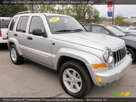 silver jeep liberty 2007 2007 jeep liberty silver 200 interior and exterior images