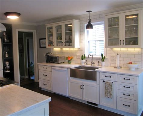 Christopher Peacock Kitchen Designs joyce s black amp white kitchen hooked on houses
