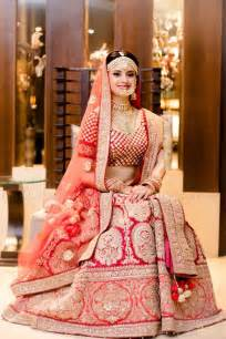 Dress go with the trend of matha patti and be like queen of hearts