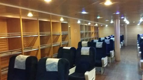 navi e poltrone tirrenia nave bonaria amsicora traghetti