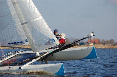 wat is een catamaran leer zeilen met een catamaran cursus bij zeilschool de morra