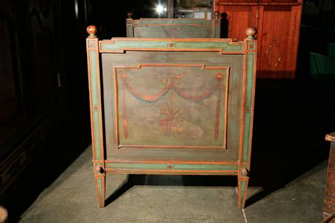 Venetian Bed Frame Venetian Painted Day Bed For Sale At 1stdibs