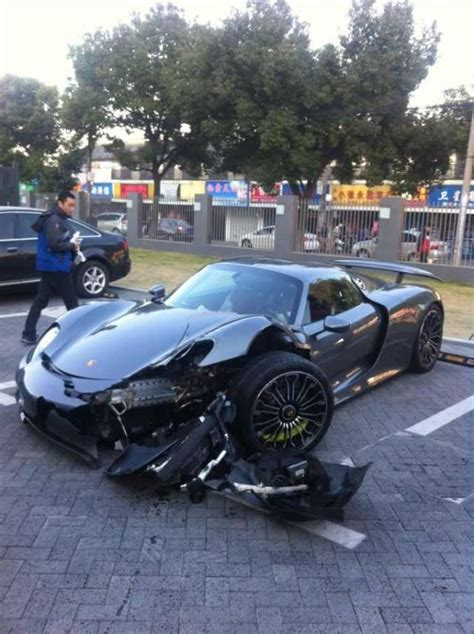 porsche 918 crash the crash of the porsche 918 spyder in