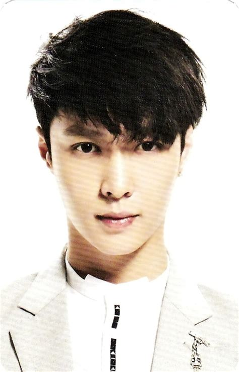 Lay Biography Exo | اسم هنری lay