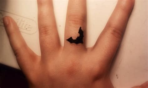 little finger tattoo designs small bat designs on finger bat