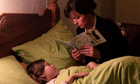 kids bed time story children s bedtime stories on the wane according to survey books the guardian