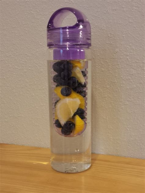 does lemon water make you go to the bathroom fruitea2go fruit and veggie infused water bottles