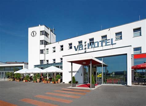 v8 hotel stuttgart hotel v8 motorworld region stuttgart b 246 blingen germany